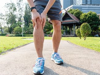 Gelenkerguss bei Arthrose am Knie