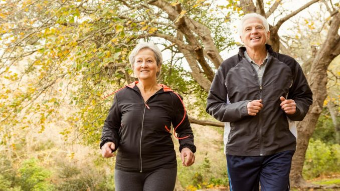 Kann man mit Hüftprothese joggen
